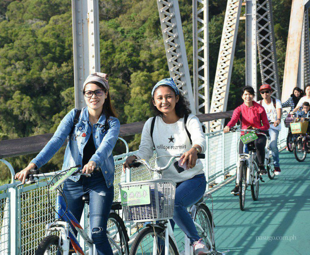 Taichung brethren enjoy fun cycling