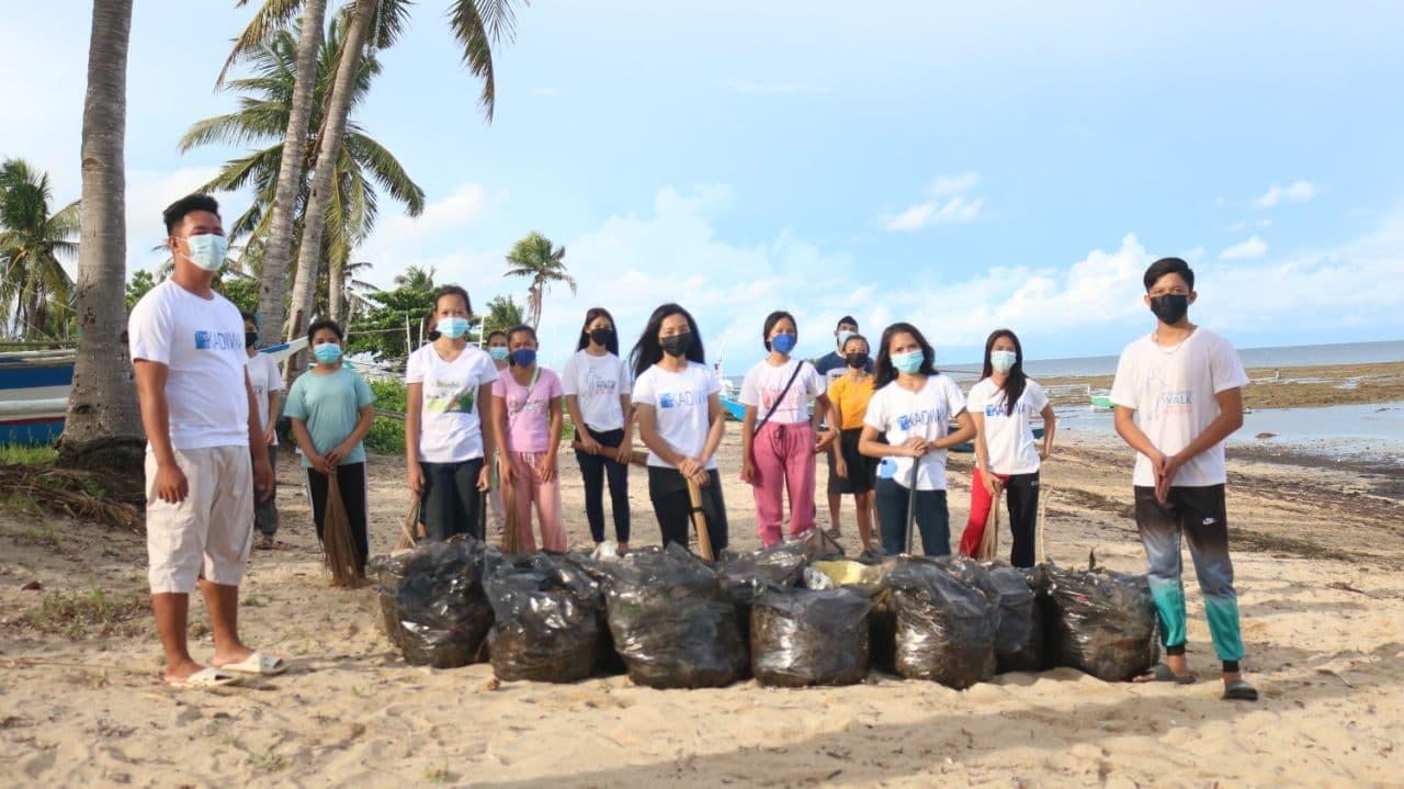 Madridejos, Cebu youth conduct coastal clean-up
